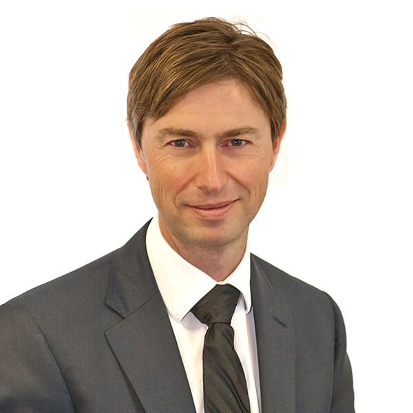 Chris Stone - Consultant Reconstructive & Aesthetic Plastic Surgeon & Medico-legal expert